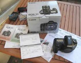 Canon EOS 5D Mark II Camera - emapia.com